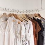 Pre všetky milovníčky módy – ako si navrhnúť a zariadiť štýlový šatník?